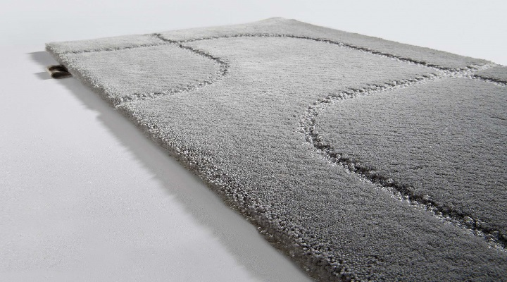 http---www.le.be-files-modules-collections-53-pf-Maestro MS19633 Metro Silver limited-edition rugs